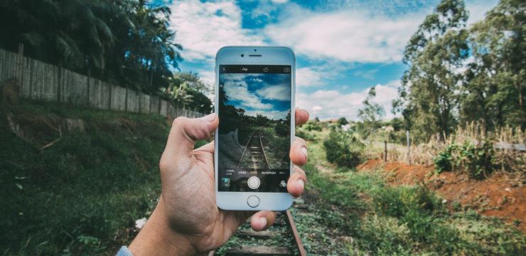 Benarkah Mengambil Foto Dapat Mempengaruhi Ingatan Visual dan Auditori Kita?